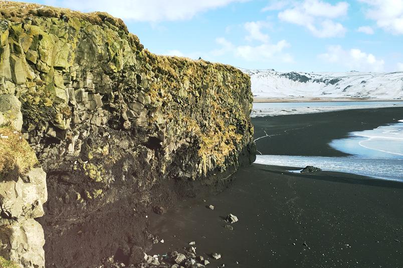 Monthly Recap: Februar 2017 - ZENtreasures.de Monatsrückblick - Dyrholaey Klippen im Süden von Island